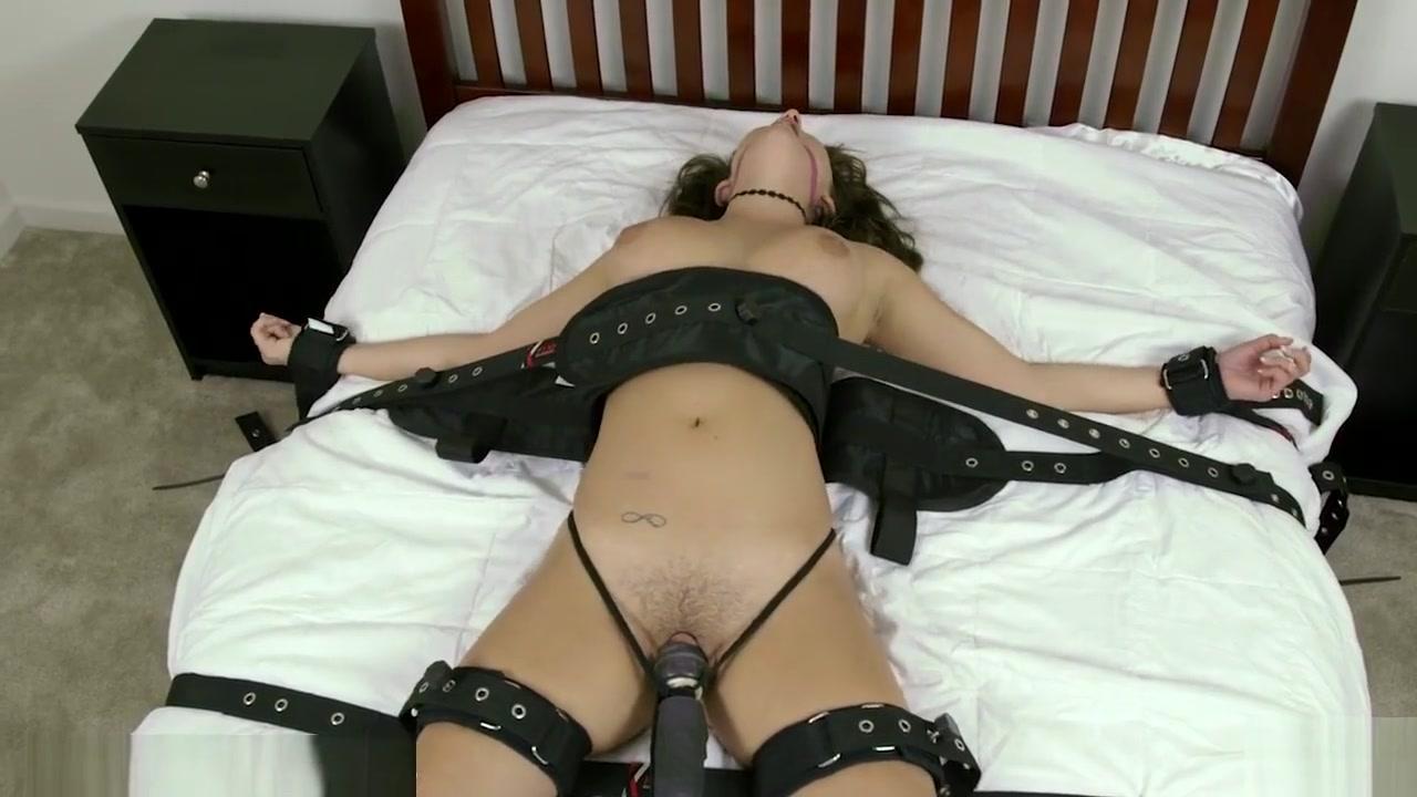 FuckBook Base Sexy hooter porn girls