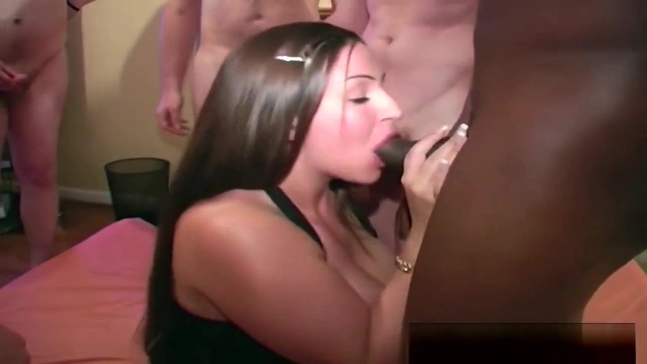 Brunette Chick Giving Head In Bukkake And Gets Cumshots Looking for a car date in Cordoba