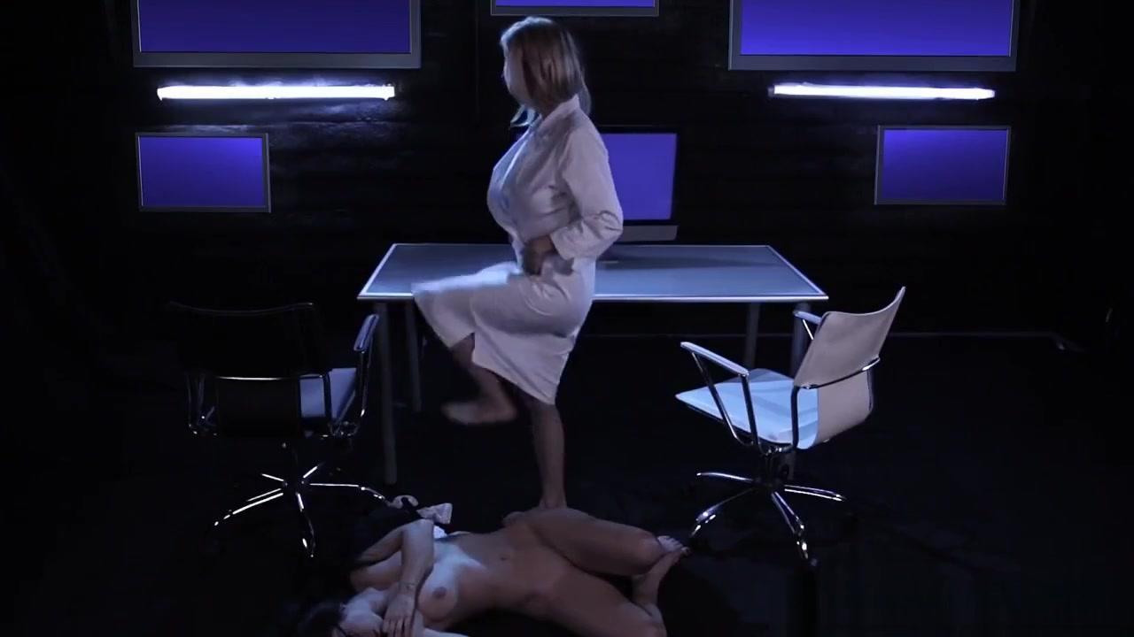 Sexy lickinh videoo Lesbin