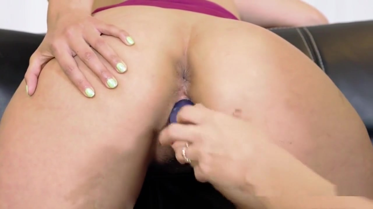 Pantyhose lesbos tumblr porno