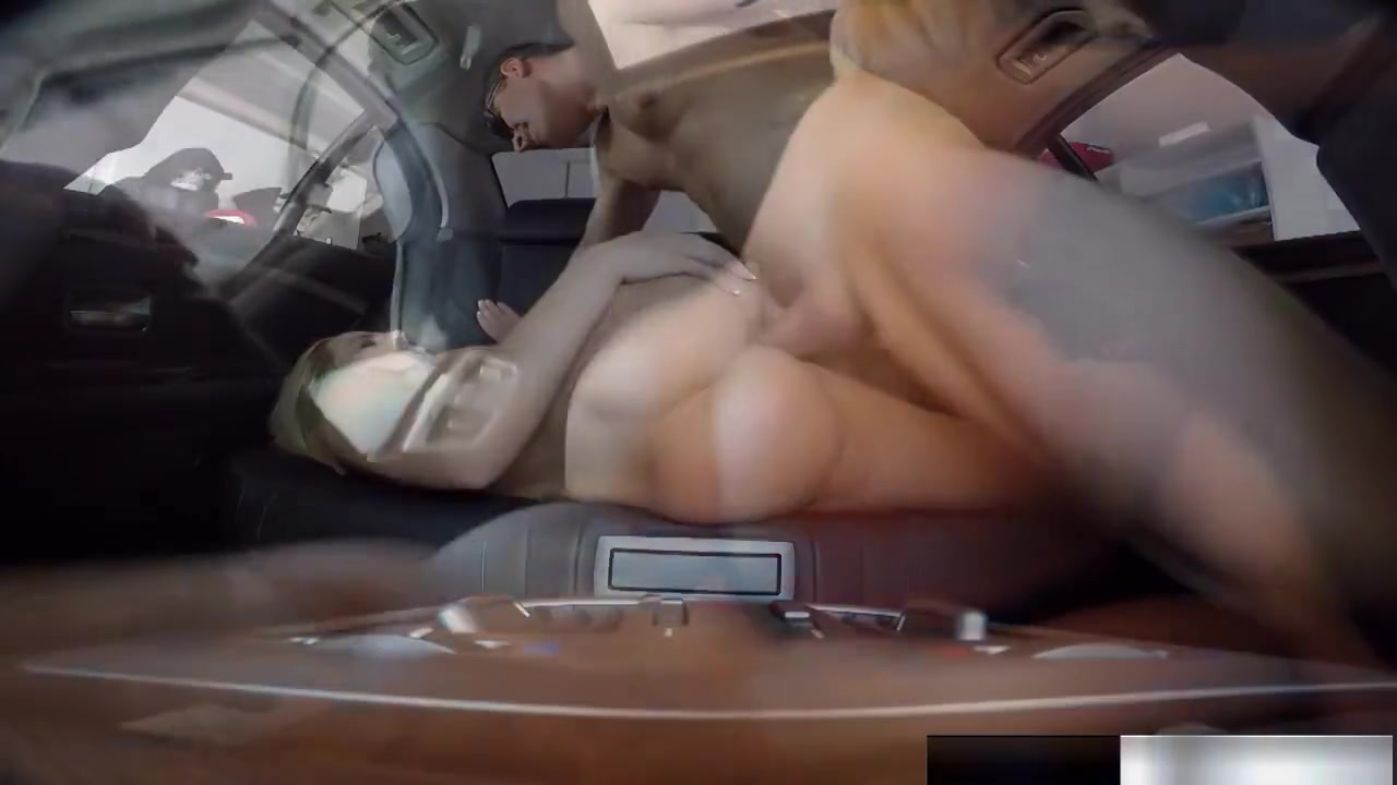 Angle Small Biggiest Porn Pics & Movies