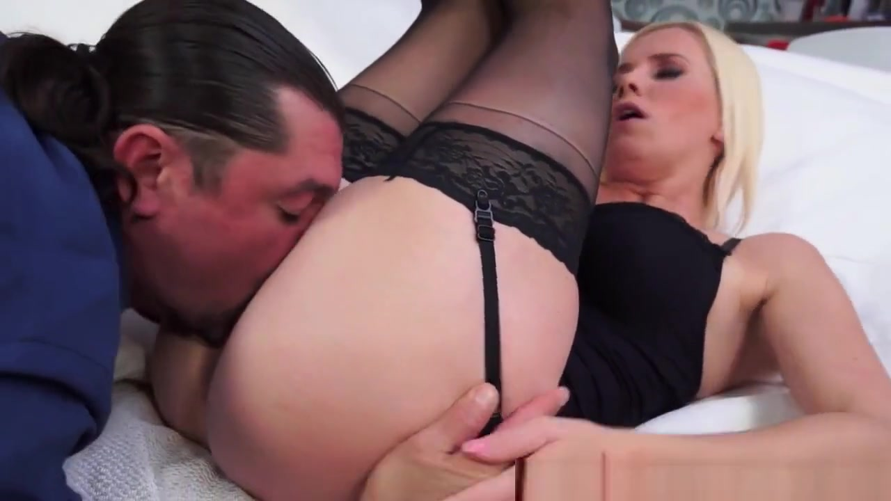 Euro mature pussyfingered by a beauty Adult gallery