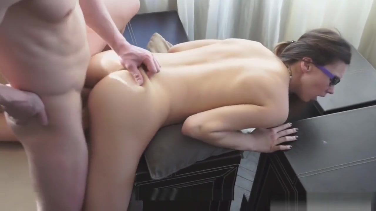 Naked Porn tube Lesbian Double Fisting