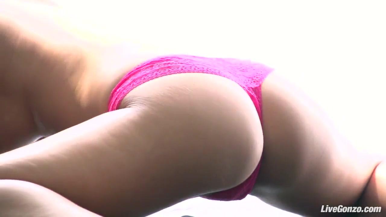 Pron Videos A buttfucking for milf mona