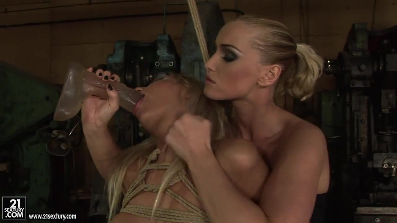 Bondage women over men xXx Galleries