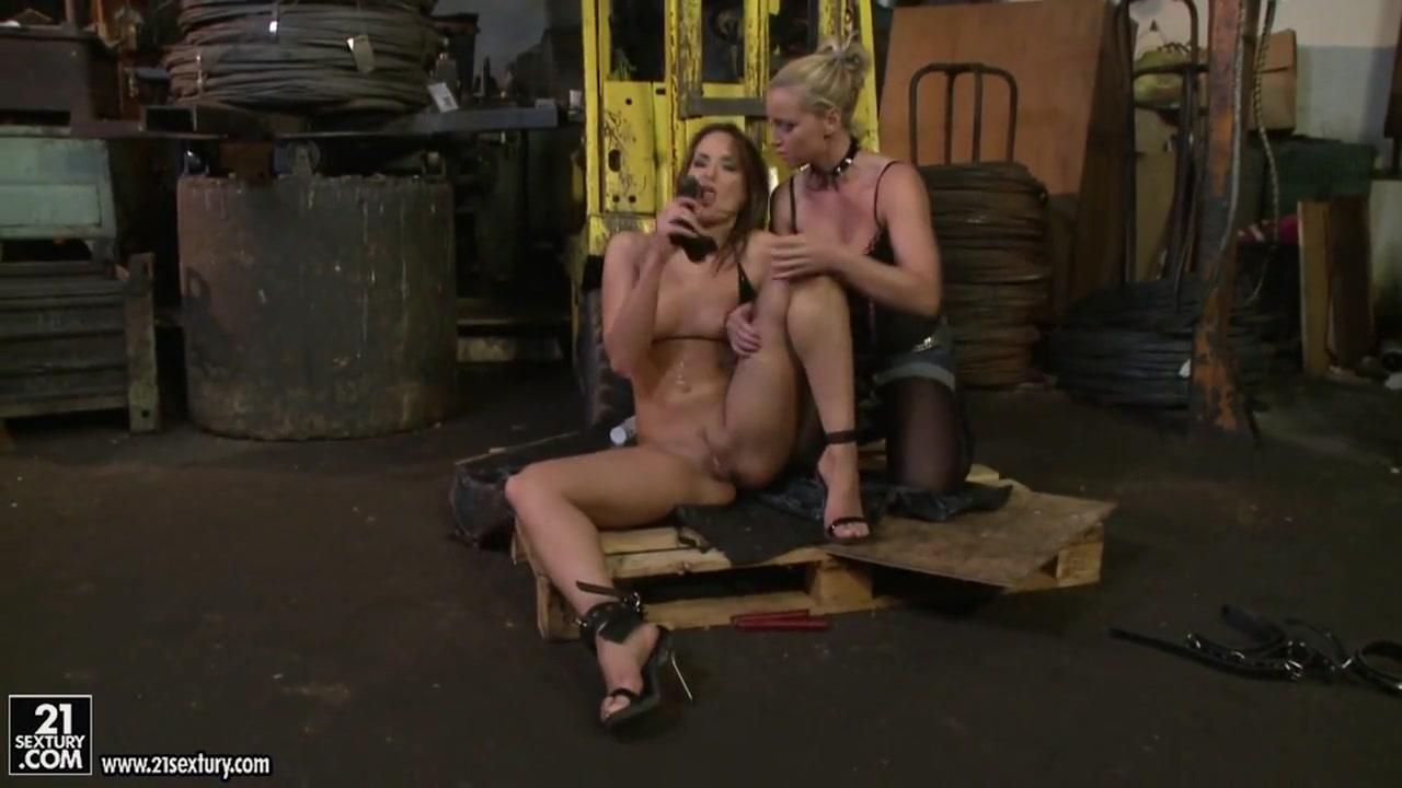 Nude pics As breast feeding fetish man older