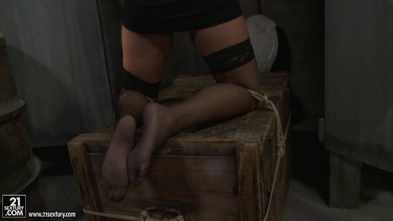 Pornb Maid orgies lesbea