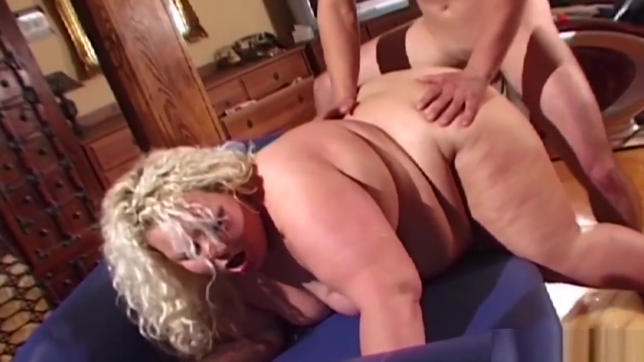 Fatty Slut Doggystyled After Toying Her Pussy Martin and pam dating in real life