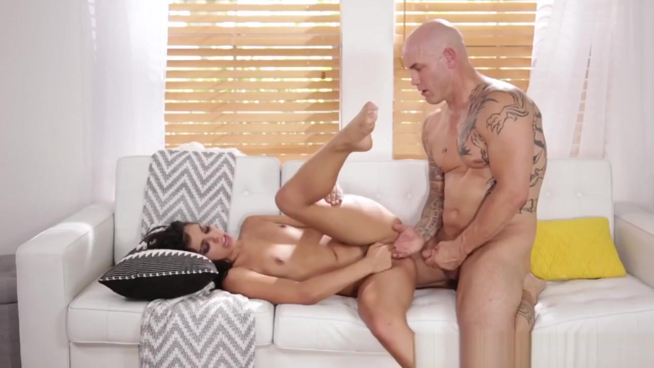 Fantasy Student Pussypounded By Older Guy Jeff please lick my pussy