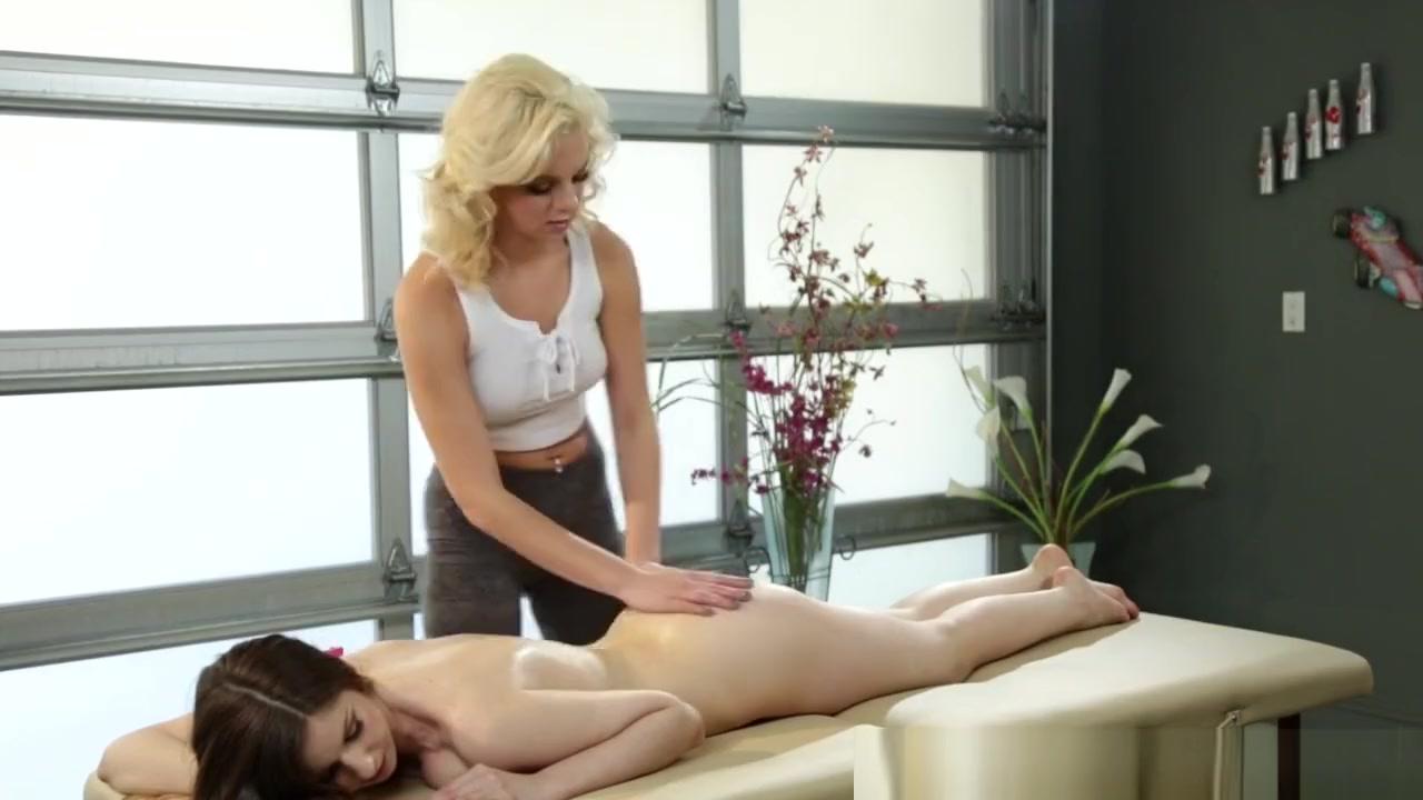 Lesbiian sexu masturbates Small