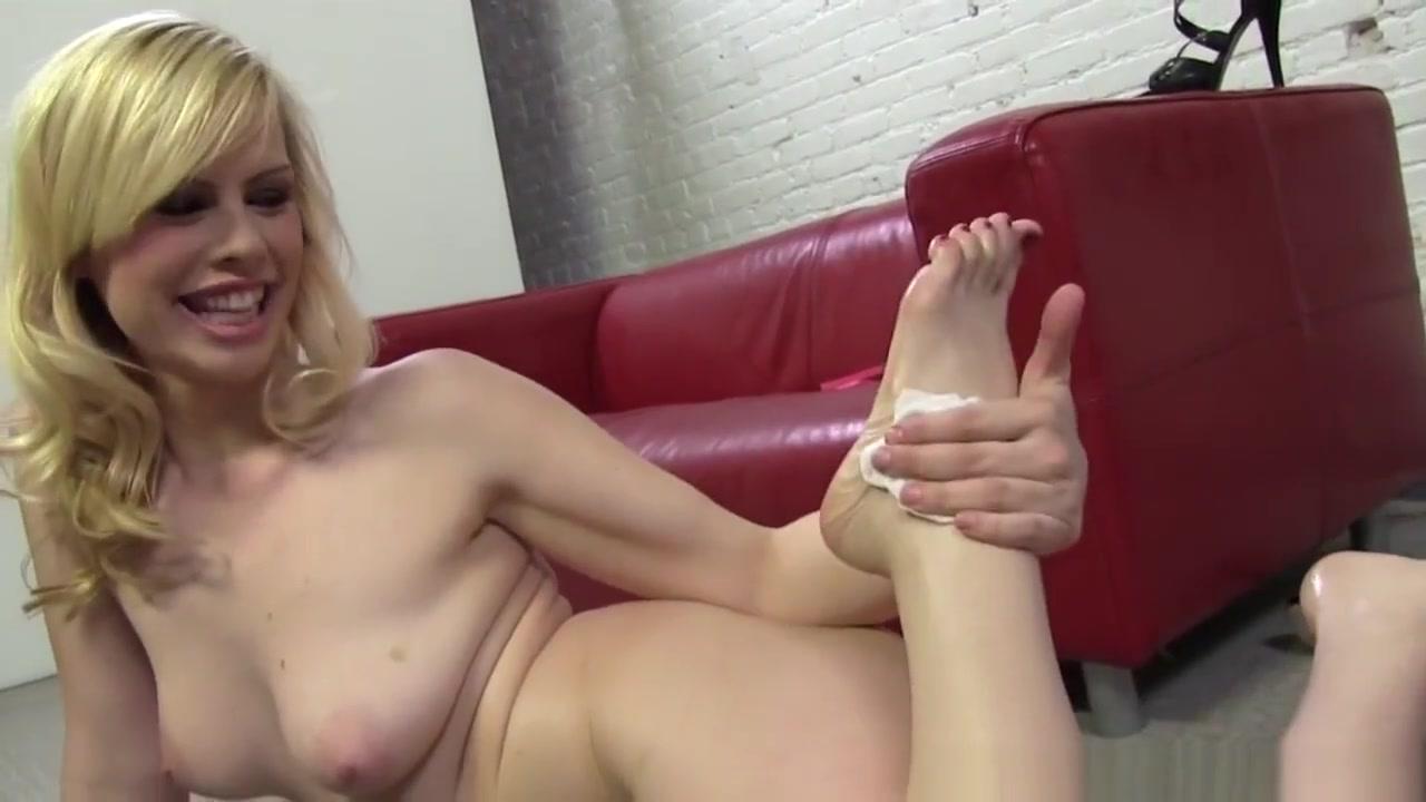 Tara Lynn Foxx Foot Fetish Toy loving euro fisted by lesbo babe