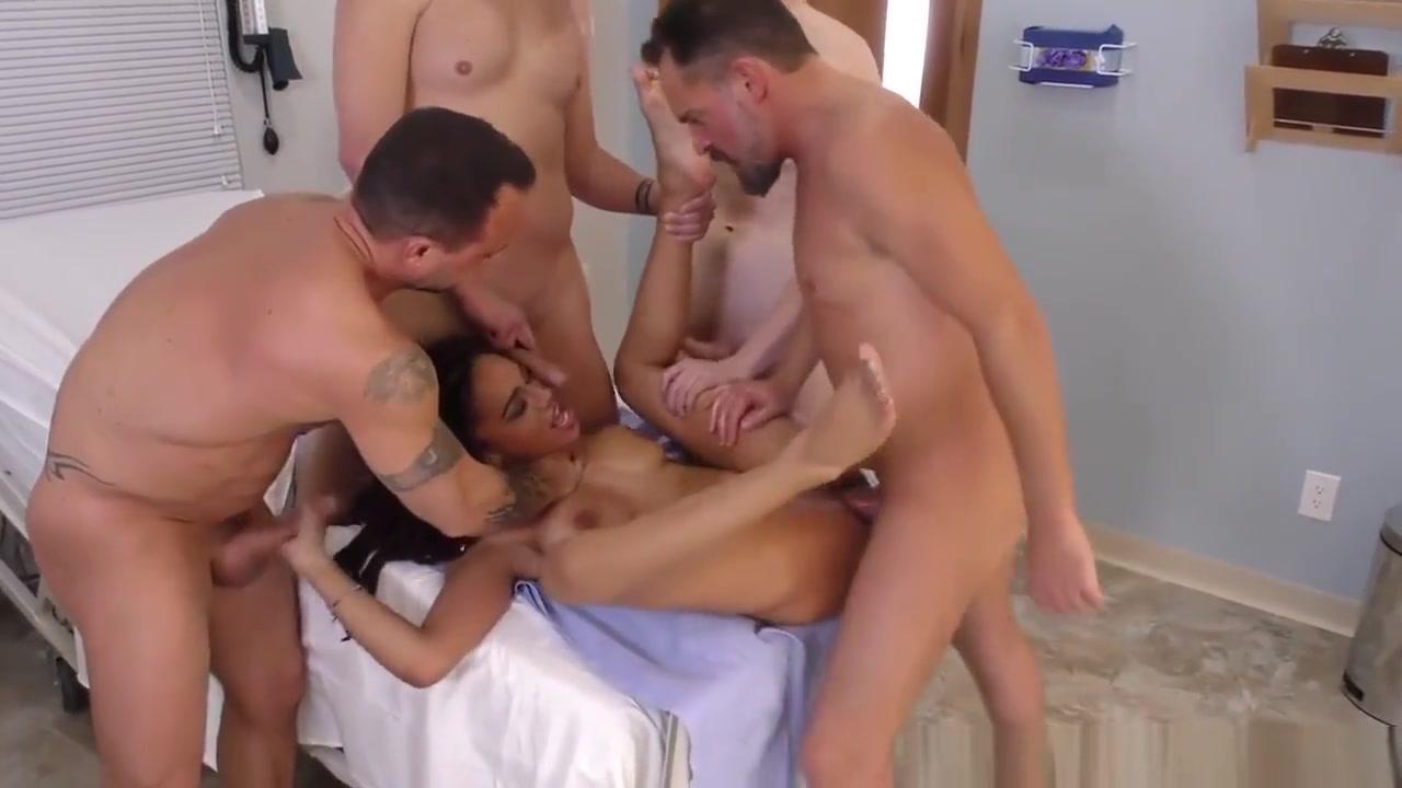 Hot porno Sexy college girls dancing