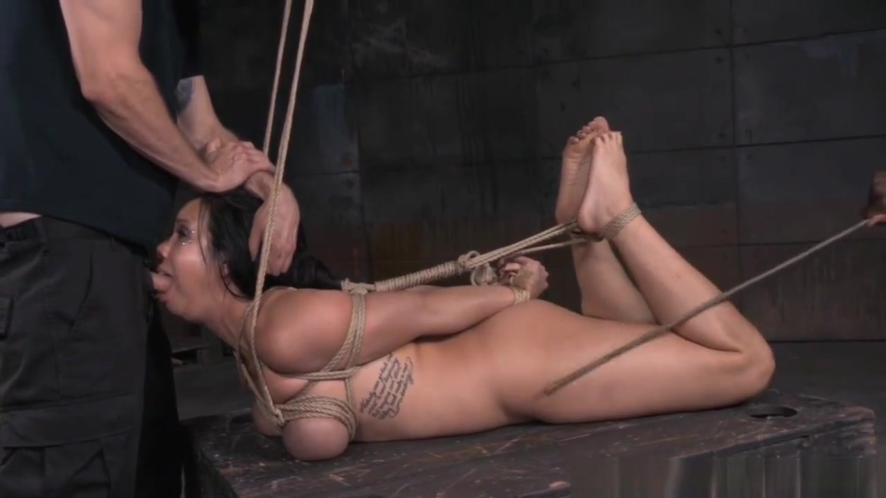 Hot xXx Pics Husband and wifes give blowjobs