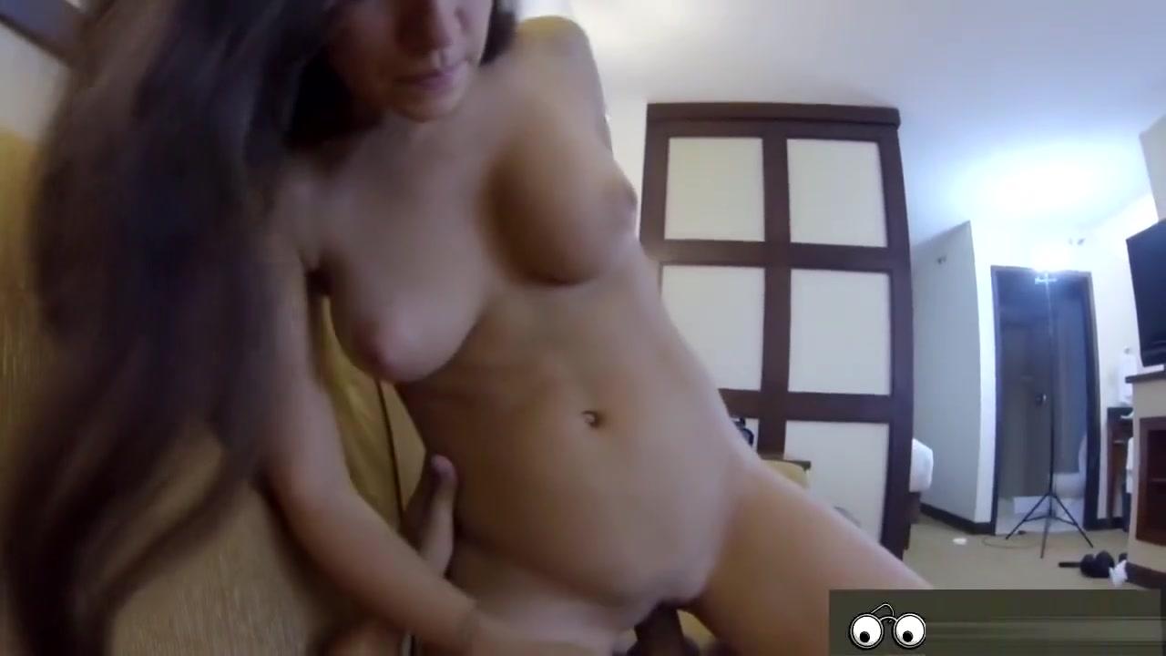 Brunette Valerie Goes Into A Hotel Monkey fucks frog throat