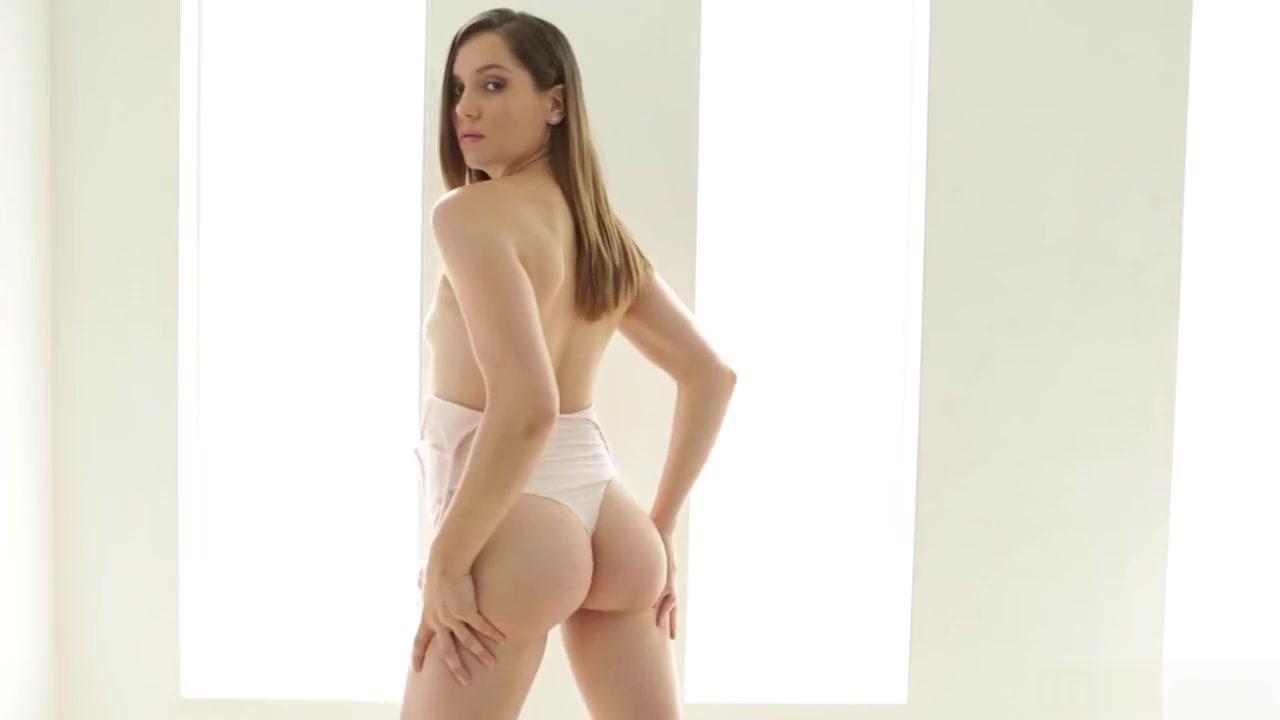 Dakota skye twitter Nude gallery