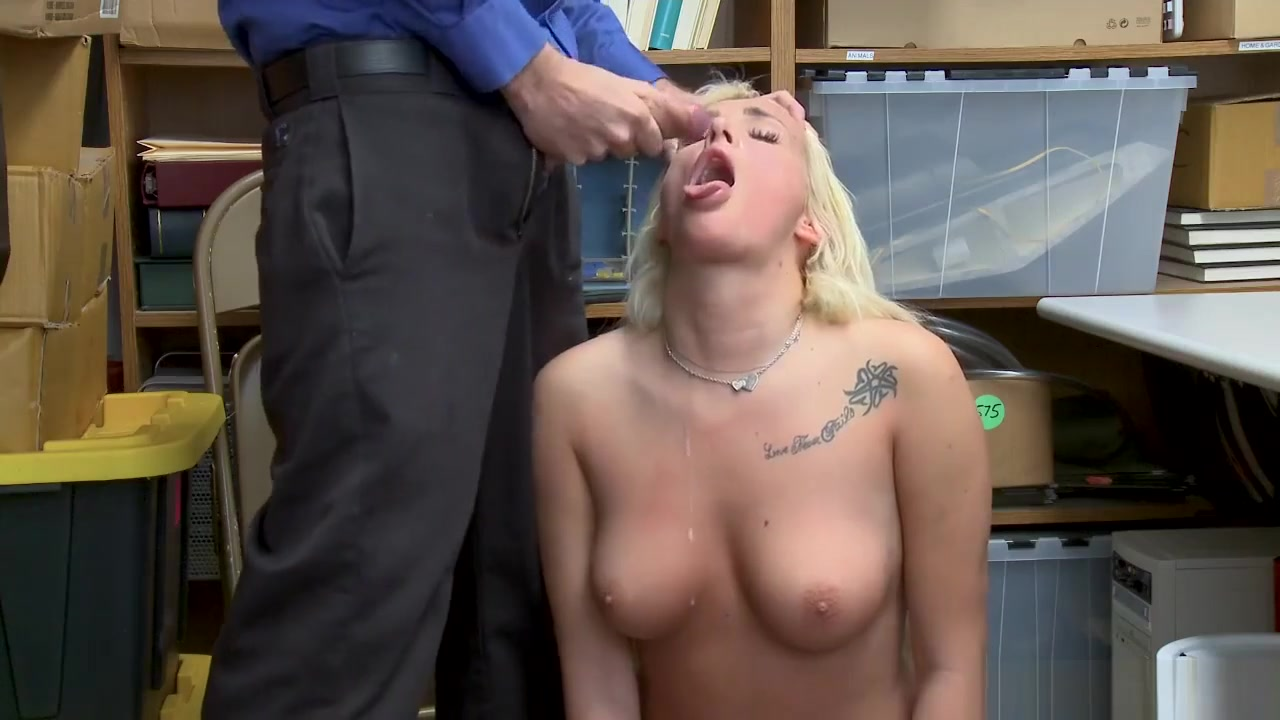 Perpetrator Daisy Lee Got Her Wet Pussy Penetrated game of thrones shae porn