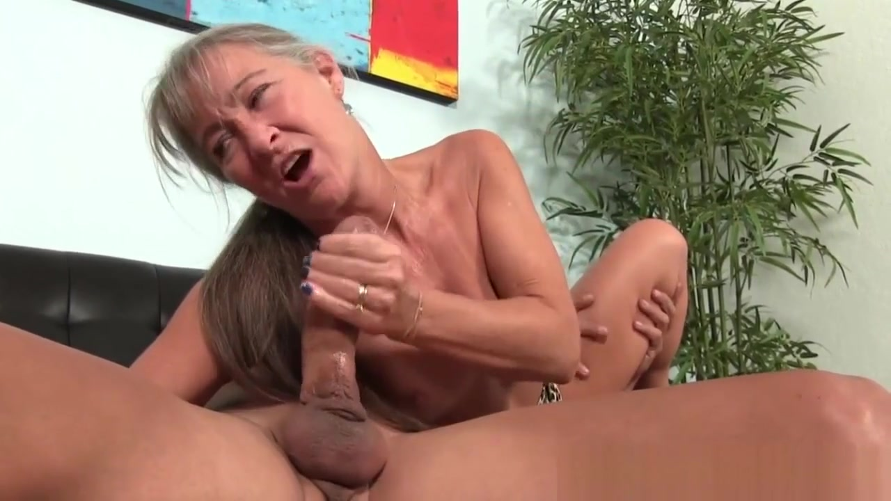 Highheeled Granny Jerking Dick Until Cumshot Hot naked blond milf ass