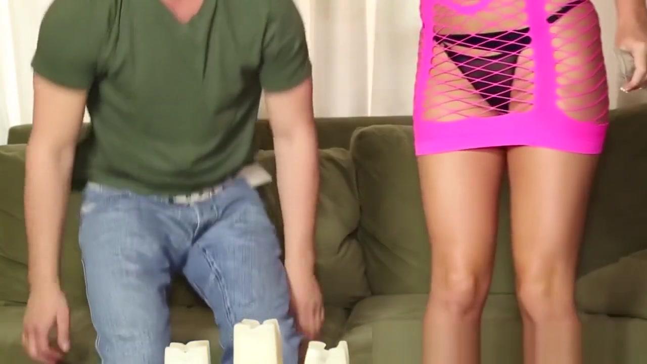 MILF Sybil Stallone huge tits bounces xXx Galleries