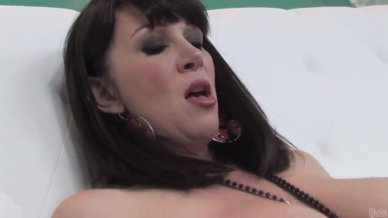Mature voyeur sex videos Naked xXx Base pics