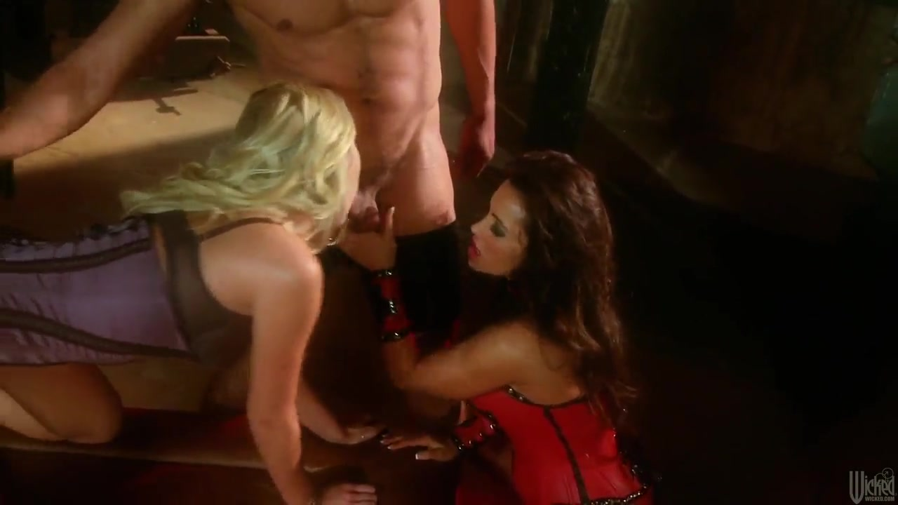 Hot Nude Xxx Vidio Gonzo