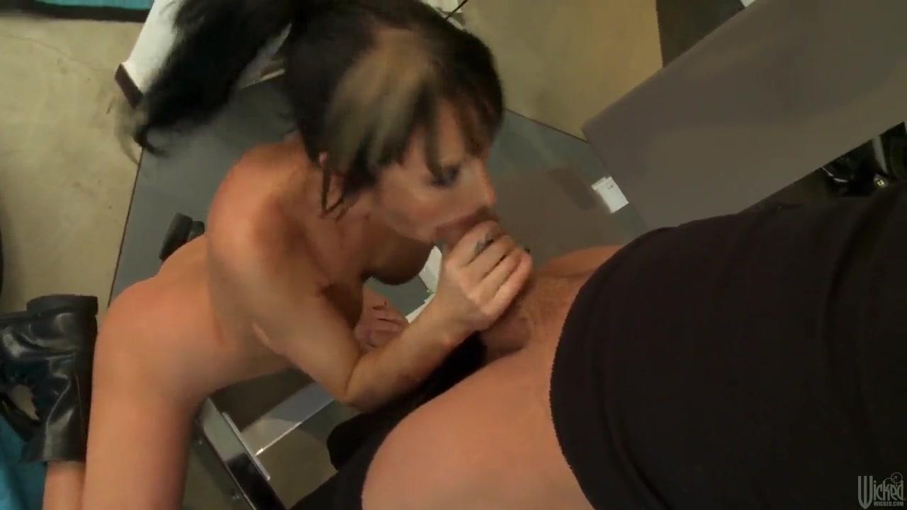 Pornb Erotica porn lesbia