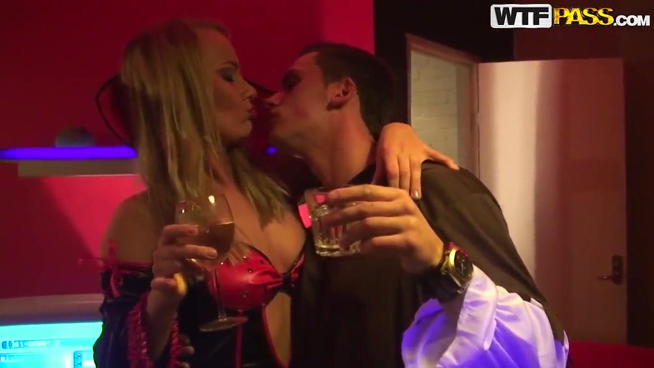 Nude 18+ Manawatu standard personals dating