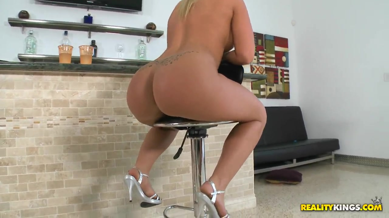 Porn archive Good ol pounding on a Colombian milf