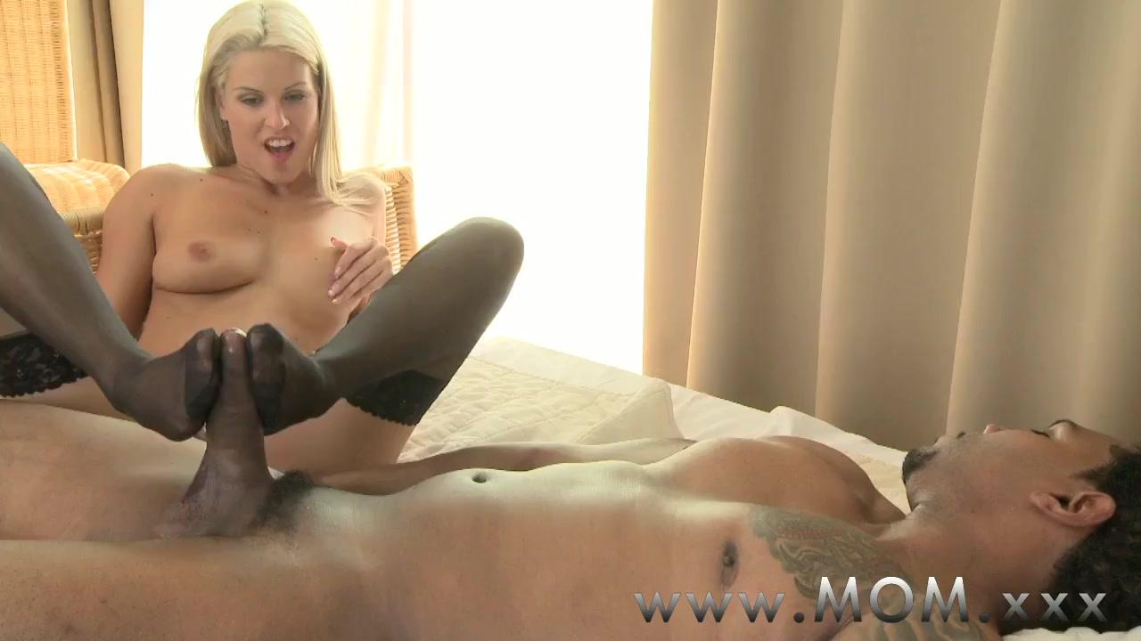 Good Video 18+ Nude women thumbnails
