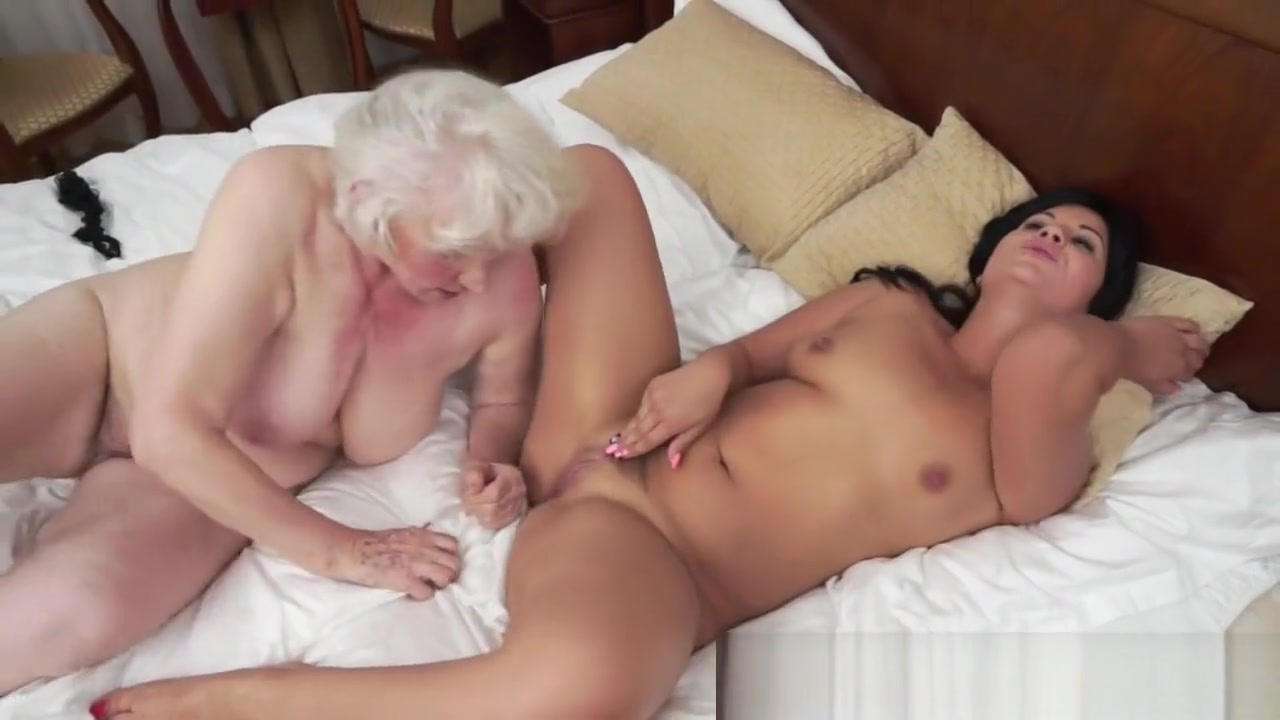 Latex lesbias pornos porno