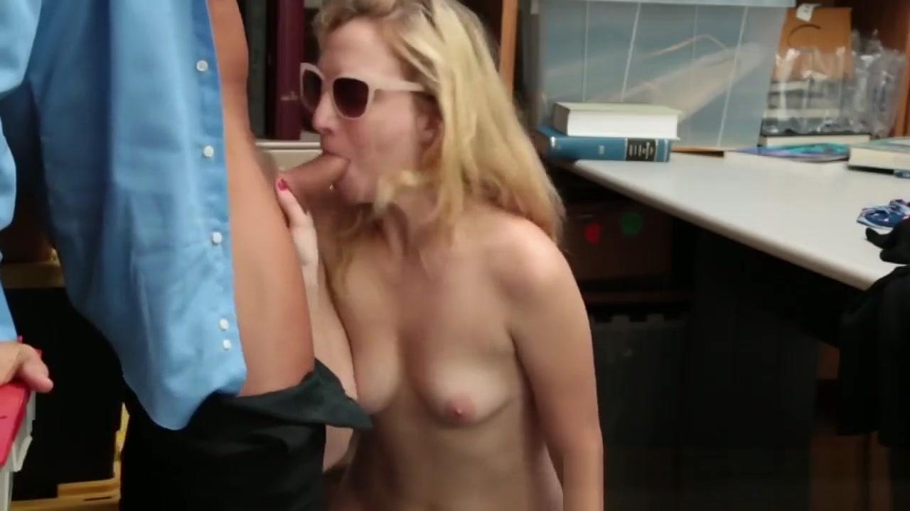 Sexy Teen Slut Tricked To Give Some Amazing Oral Pleasure Fucking a hawaiian girl