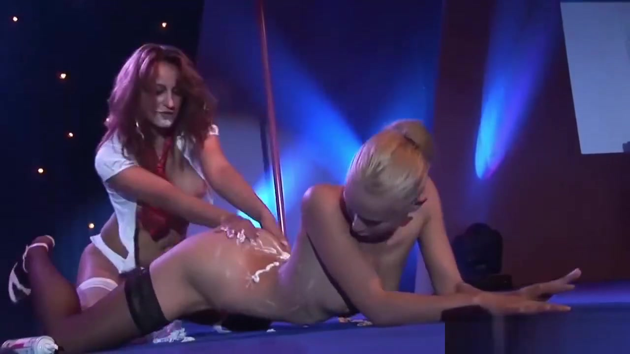 Lesbian Pornshow On Public Stage Lesbians behaving badly