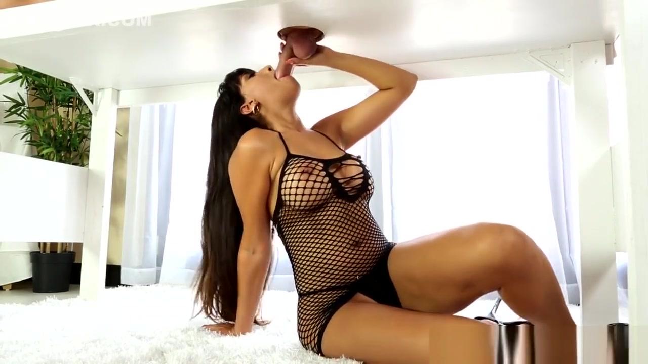 Skinny mature pussy All porn pics