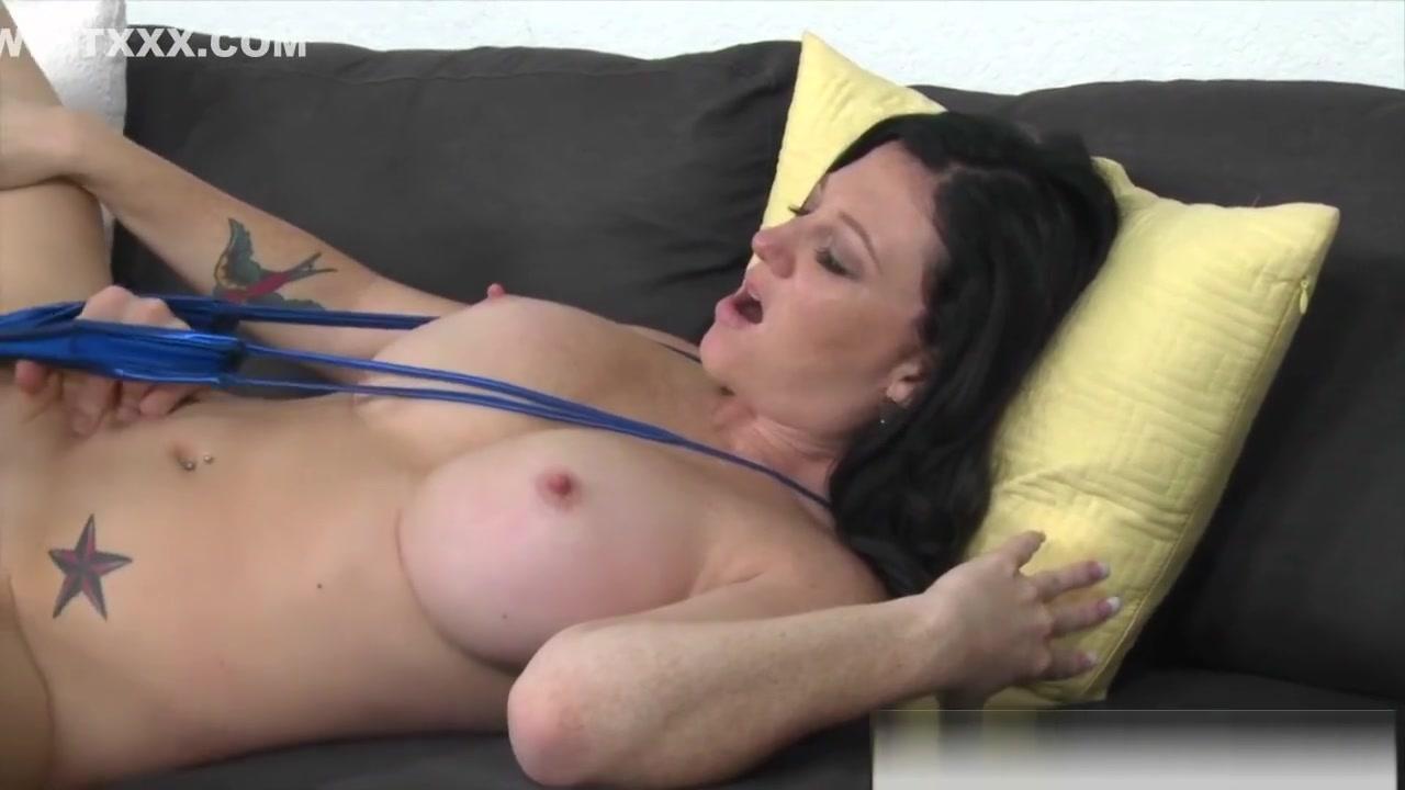 Hymen penetration video free xXx Videos