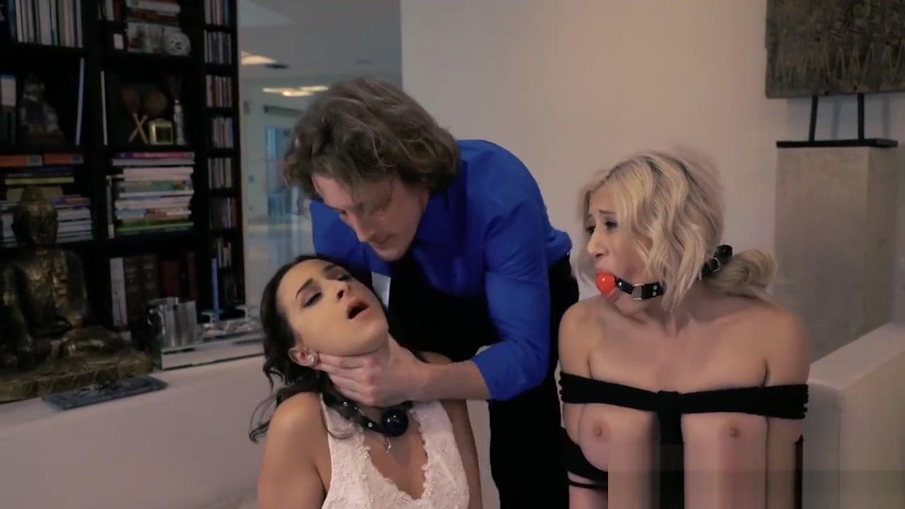 New xXx Video Miranda kerr sexy boobs