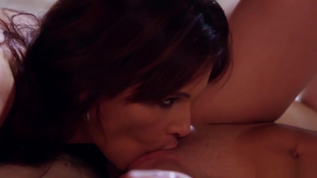 Girl nude pic curvy