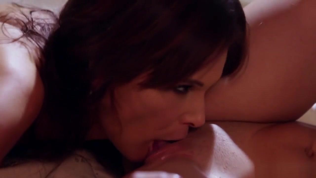 Porno Lingerie porn lesbia