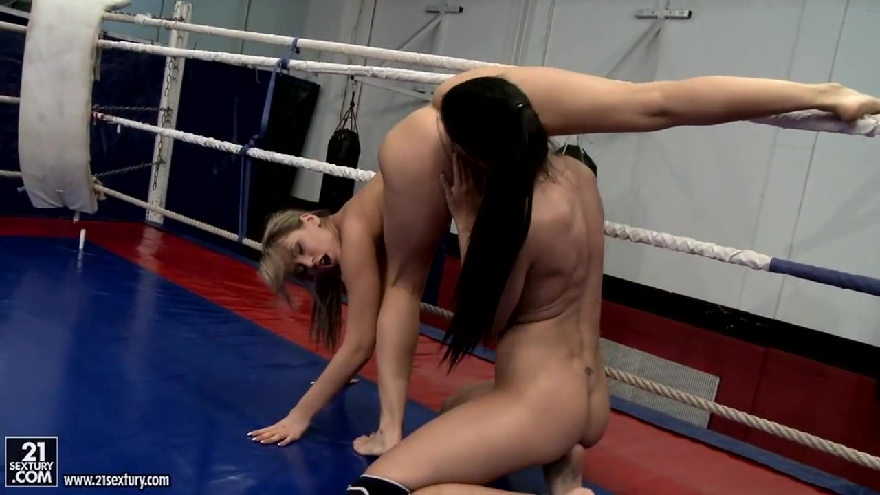 Porn porno lesbiam Bondaged