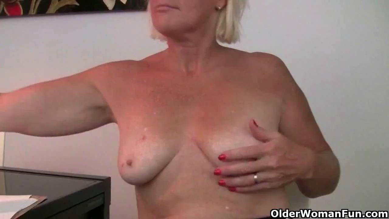 Hot porno Gallery natural nudist