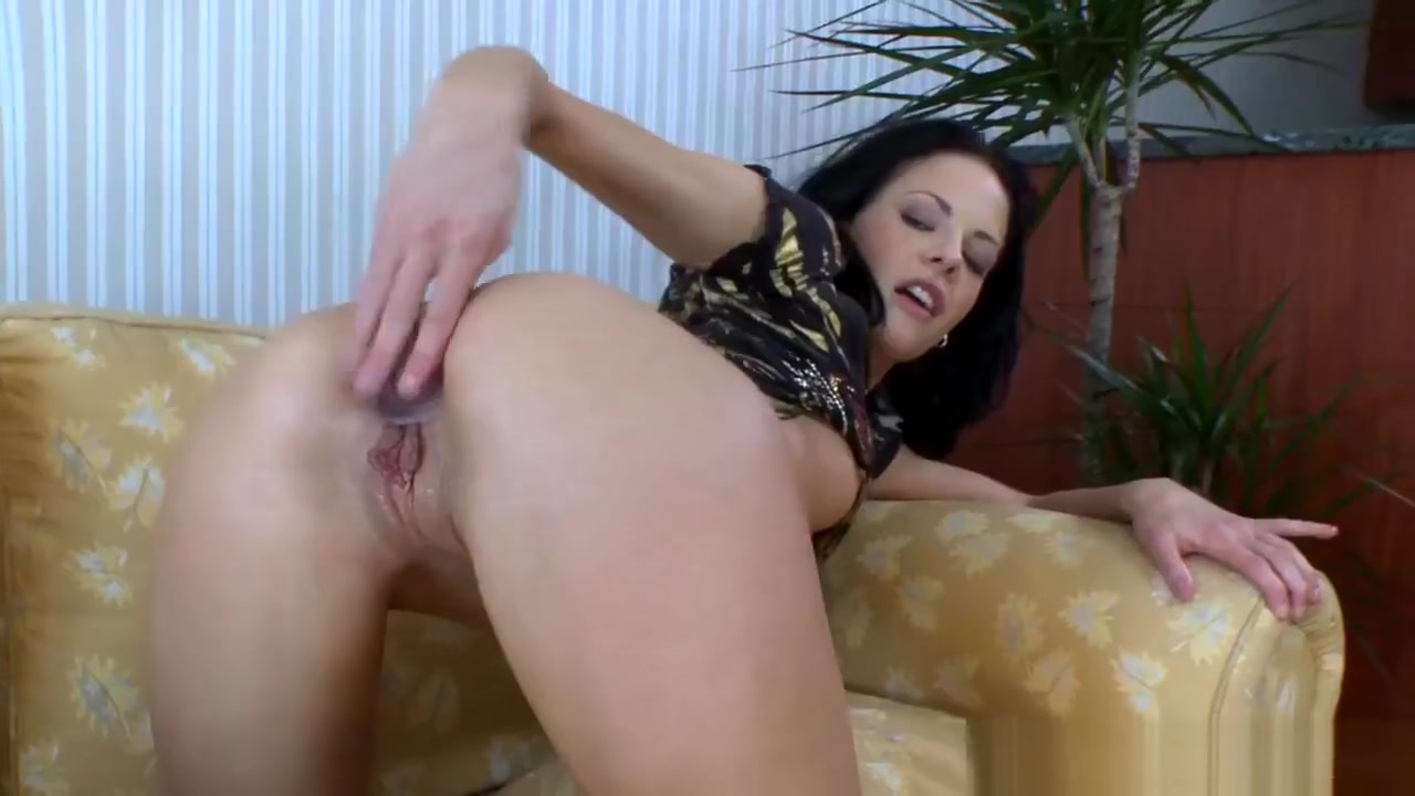 European Amateur Anal Fucked By Bbc Julia bond porns star