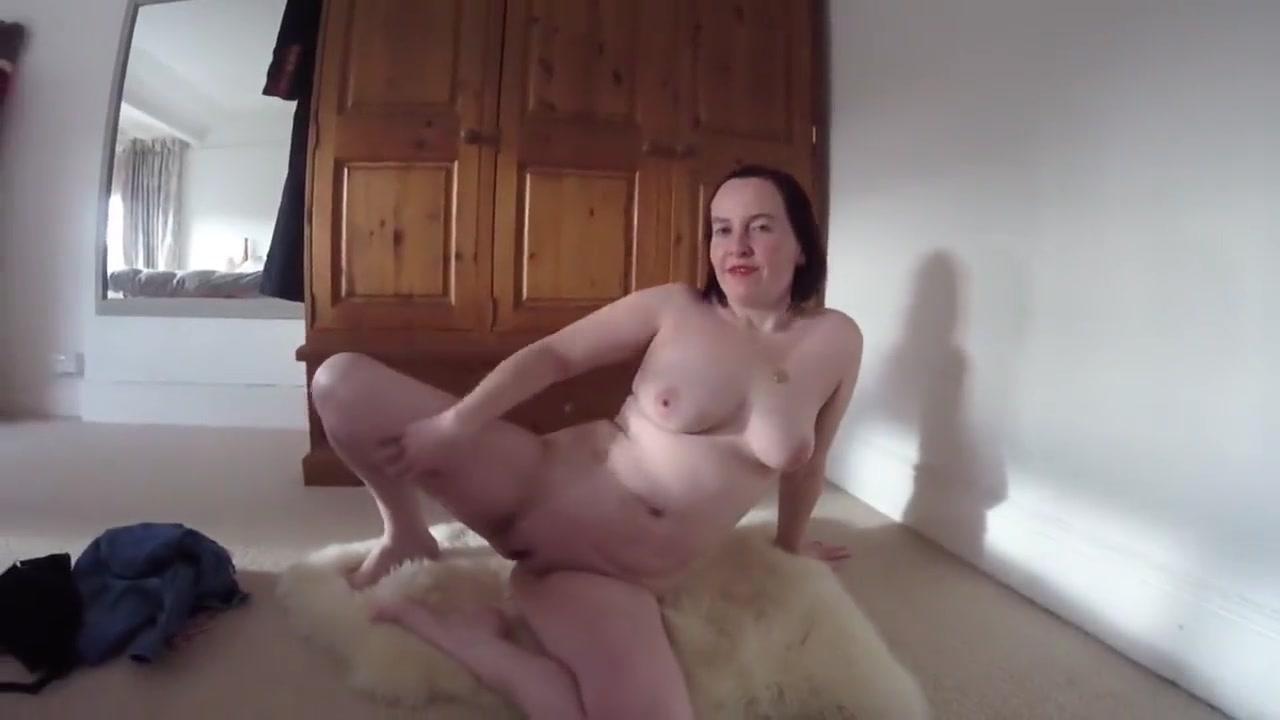 Nude pics Ebony water bondage