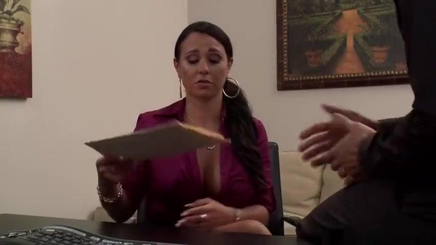 Porn Pics & Movies Hot amateur milf gets banged