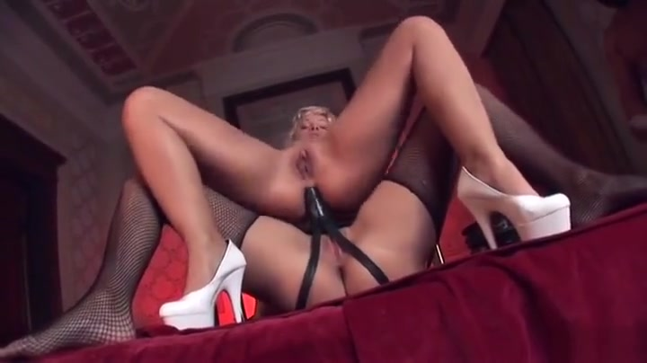 Nikki moore topless in crawlspace Quality porn