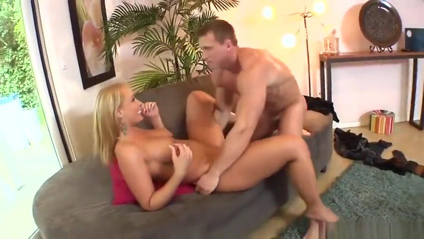 Girlfriend has an online hookup profile Porn clips