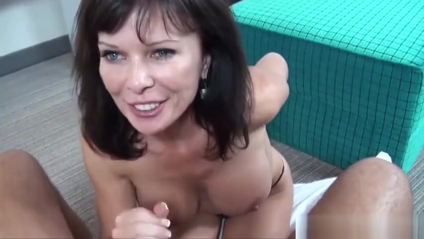 Porn clips Yanks blonde niagra playing outside