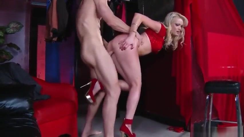 18+ Galleries Pretty naked girls having sex