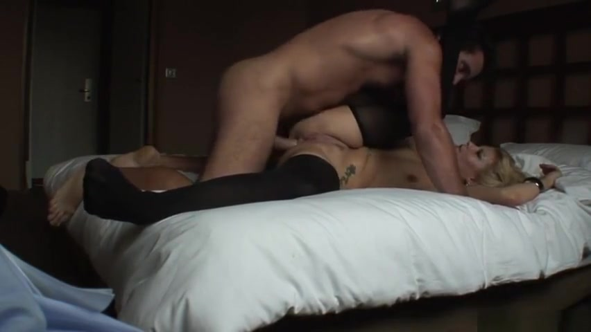 Latina Strokes a Dildo in her Pussy Good Video 18+