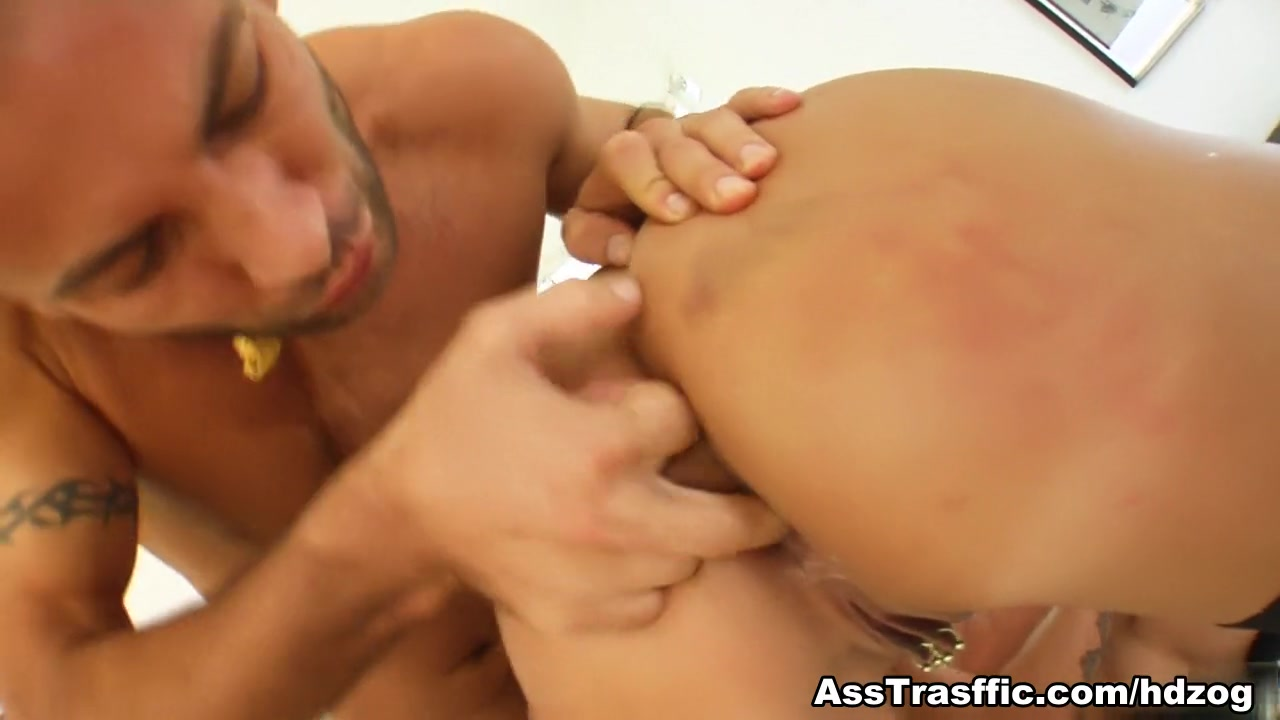Eachother free fucking man show video woman Quality porn