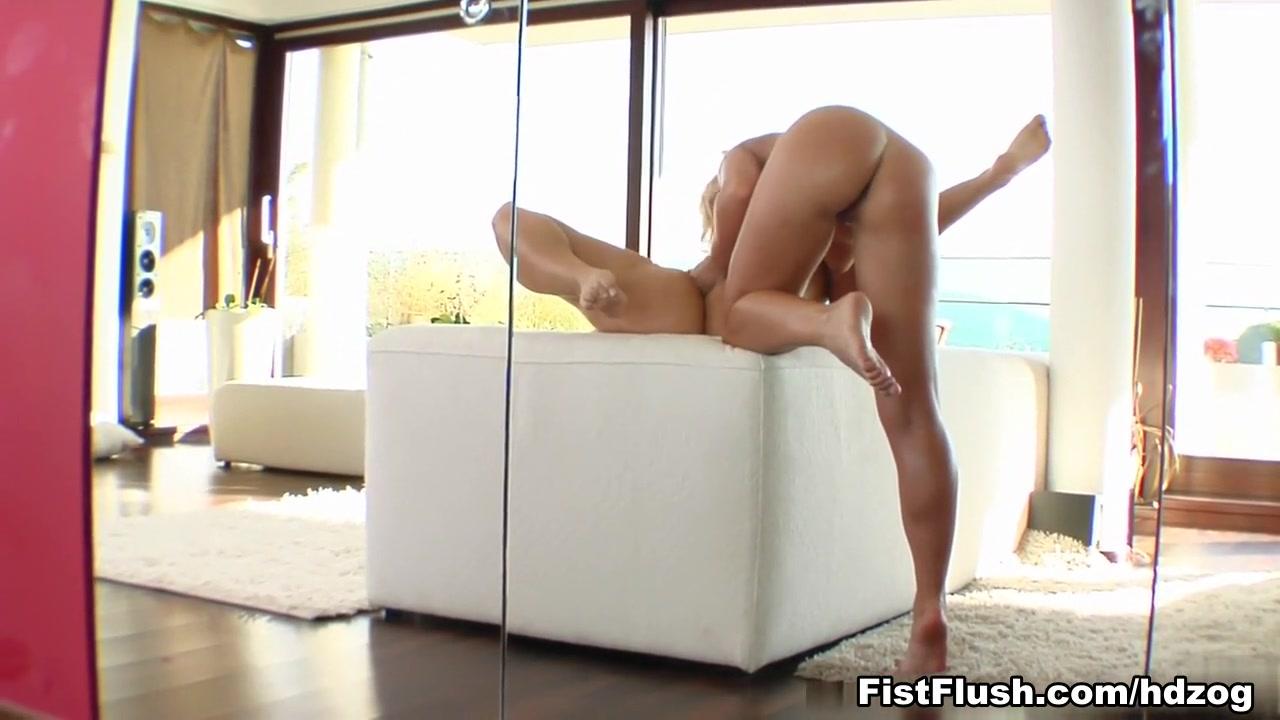 Naked xXx Human funiture femdom