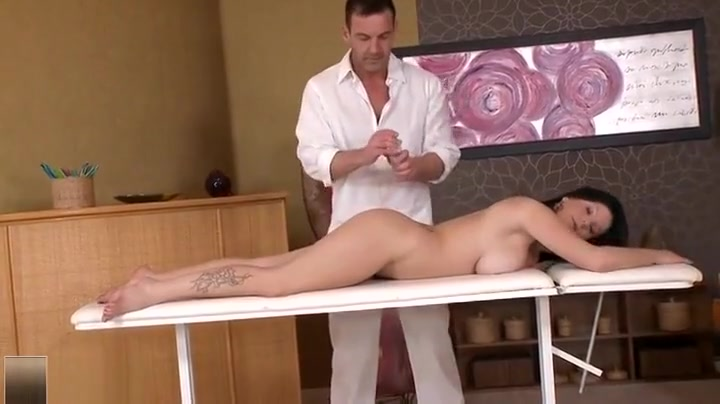 Bbw gets fucked by shemale Porn FuckBook