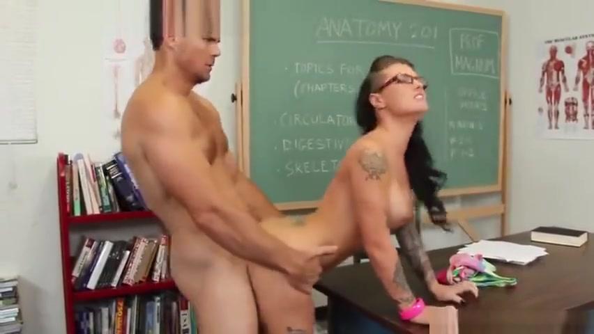 xXx Photo Galleries Boy haveing sex with girl